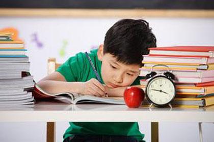 书之香:学生很聪明,但是学习不主动